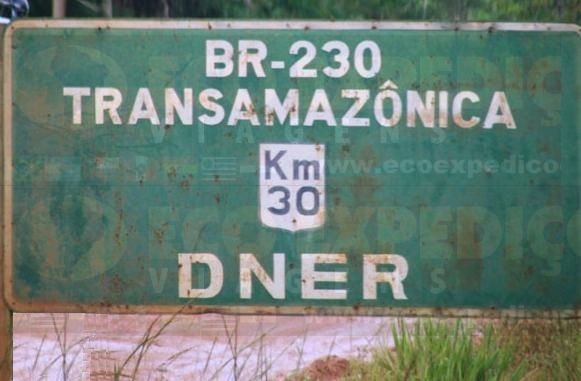 Placa%20Transamaz%C3%B4nica.jpg